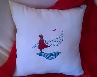 Home deco pillow,winterpillow,embroiderd pillow, recycled pillow, Home decoration, winter wind, red pillow,flannel pillow, custom pillow,s