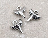Shark Tooth Charm, 18pcs, 11x10mm,  Tooth Charms,  Antique Silver Charms
