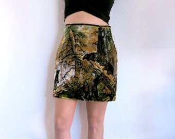 Forest Tapestry Skirt / Black Bear Woodland Velvet Skirt Sz S