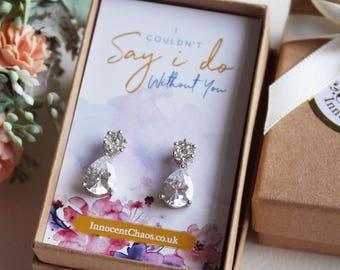 Wedding earrings, bridal earring, crystal drop earring, thank you bridesmaid, drop earrings, white gold earring, bridesmaid gift idea