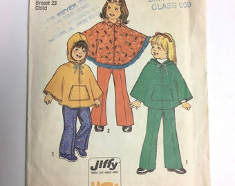 Vintage Sewing Pattern Girl's 70's Uncut, Simplicity 7033, Pancho and Pants (Size: 4)