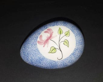 Vintage Decorative Porcelain Egg / Blue Splatter Porcelain Egg with Pink Flower & Green Leaves