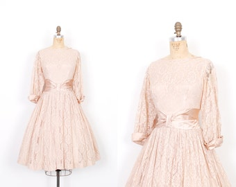 Vintage 1950s Dress / 50s Lace and Satin Party Dress / Blush Pink ( medium M )
