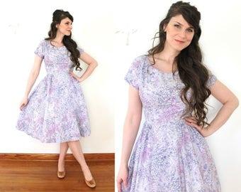 50s Floral Dress / Lavender Purple Floral Lilac Cotton Full Skirt 1950s Dress
