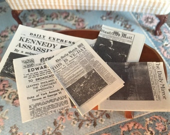 Miniature Newspapers, Vintage Newspapers, Dollhouse Miniatures, 1:12 Scale, 5 Pieces, Mini Papers, Dollhouse Accessories, Decor, Mini News
