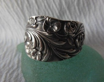 An Abundance of Flowers  Antique Spoon Ring  Sterling Silver  Size 8.75
