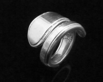 Simple Floral Spoon Ring, Adoration 1930
