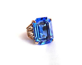 Vintage 18K HGE Blue Emerald Cut Sapphire Ring - Brilliant Cut Rectangular Glass - Solitaire Cocktail - 12 Carats - Size 5 - ESTATE