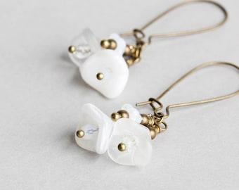 White Earrings, Flower Cluster Earrings on Antiqued Brass, White Dangle Earrings, Czech Glass Bead Jewelry, Summer Jewelry