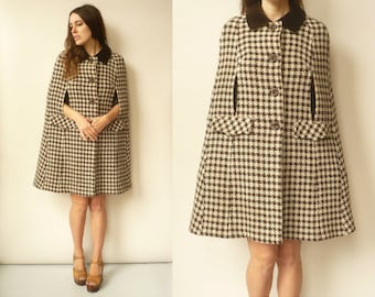 1970's Vintage Mod Wool Woven Checked Plaid Cape With Velvet Peter Pan Collar Size Small
