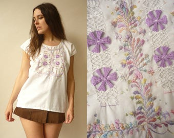 Vintage White Embroidered Peasant Blouse Floral Folk Tunic Top Size S/M