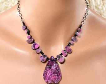 LP 1403 Natural Cobalto Calcite Drusy And Black Spinel Necklace