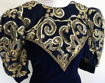 Vintage 1980s Jessica McClintock Dress // 80s Prom Dress // Long Blue Velvet Gold Sequin Puff Sleeves Train // Size Small Medium