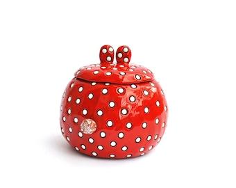 Red-white polka dot bunny sugar bowl