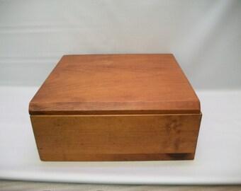 Vintage Oak Box, Hinged Wood Box, Hardwood Oak Box, Wood Box with Lid, Cigar Box, Keepsake Box, Heavy Wood Box, Box for Crafts, Decoupage