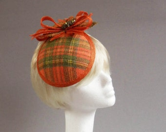 Dutch desing green orange and yellow tartan cocktail hat on comb