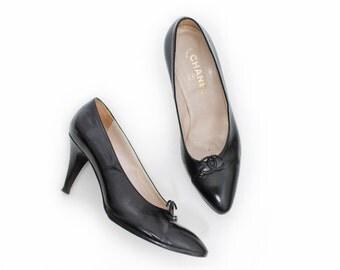 Vintage CHANEL Heels - Authentic Black Leather Logo Pumps 1980s - Sz 40