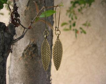Leaf Earrings - Antiqued Bronze Etched Leaf Earrings