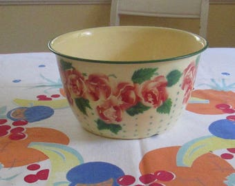 Vintage Enamelware Cottage Roses Large Deep Bowl / Salad Bowl / Serving Bowl