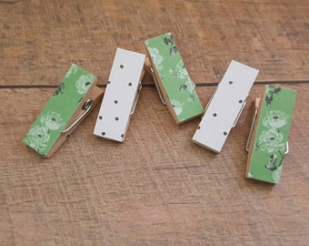 Small Clothespin Magnets. Magnet Clips. Green floral. Clothespin Magnets. Fridge Magnets. Photo Clips. Party Favors. Hostess Gift.
