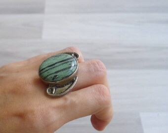 10-25% OFF Code In Shop - Vintage 70's Turquoise Semi Precious Stone Statement Boho Ring 8.75