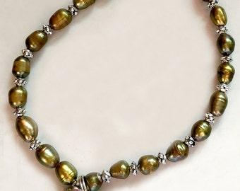 Olive Freshwater Pearl Bracelet with Leaf Charm