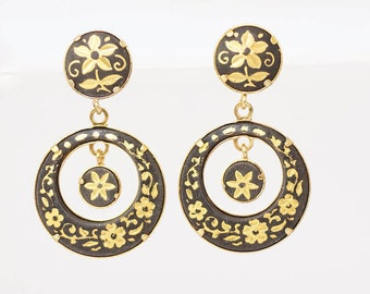 VINTAGE EARRINGS - VINTAGE Black and gold drop earrings - very pretty black and gold painted drop earrings withe flower pattern