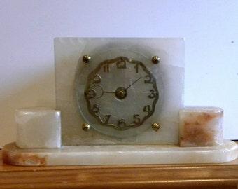 Marble Mantel Shelf Clock   Original Key Wind Clock   Alabaster Clock In  Light Coloured Marble