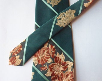 Classic 70s Wide Tie, Green Striped NeckTie with Gold Flowers, Wide Polyester Tie