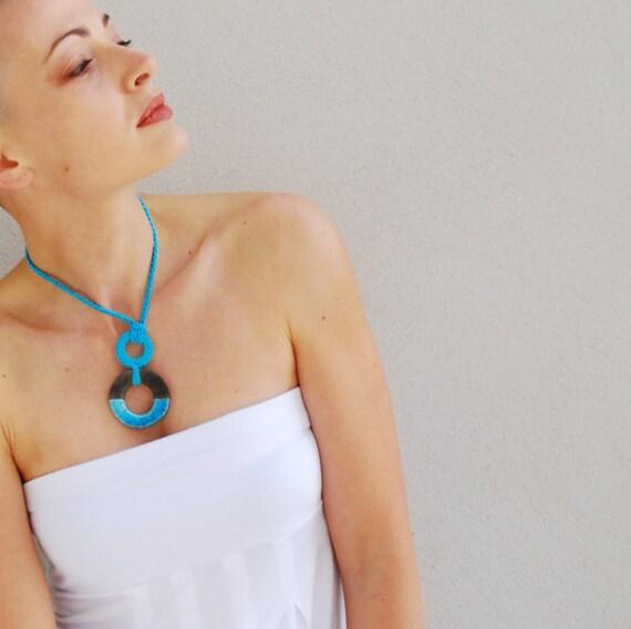 Geometric necklace / Ceramic necklace / Circle raku ceramic pendant / Geometric modern Jewelry / Turquoise Necklace / Modern Necklaces