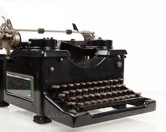 Typewriter Clipart, Manual Typwriter Photo, Instant Download, Stock Image, Journalism Clipart, Website Banner Art, Digital Image, Download
