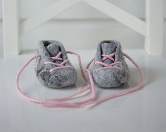 Felted Baby Booties Baby Slippers Pram Shoes natural  grey gray and pink lace up Organic baby Wool Booties Gray Booties