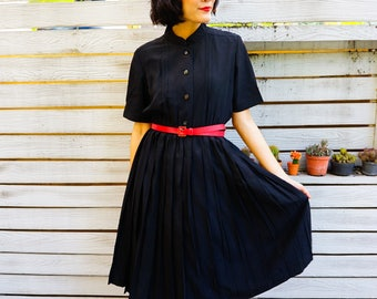 Vintage Dress/ 1980s Dress/ Vintage Japanese Dress/ Vintage Womens Dress/ Vintage Black Dress / Little Black Dress/ Pleated Dress