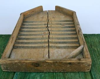 Traditional wooden Italian washboard