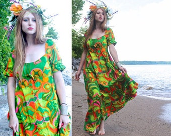 60s Vintage Maxi Dress HAWAIIAN Psychedelic Print SUNDRESS Woman Size Small Summer Beach Wedding SWEETHEART Short Sleeves Neon Tropical Gown