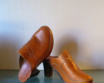 Vintage  Made in Italy Heeled Clogs Size 40 EU