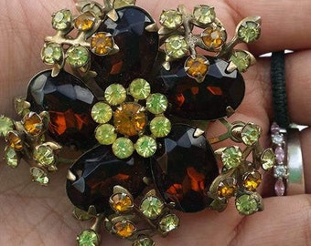 Stunning Vintage large brooch glass beads