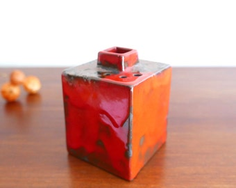 Vase / flower holder, red ceramic  - 1960s pottery stoneware