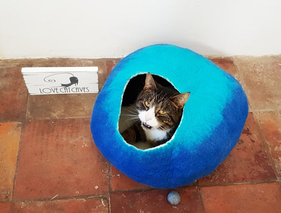 Cat Bed Cave House Cocoon Larger sizes Blue and Teal wool with FREE Ball Toy