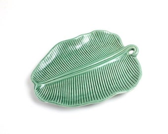 Large Decorative Green Leaf Platter or Plate