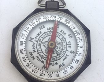 Boy Scout Compass/ Working Compass/ Vintage 1950s- 1960s US /Camping deco Bakelite pocket watch chain fob LA