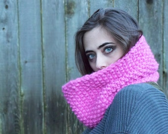 THE PETITE COLETTE \\ Chunky Hand Knit Cowl \\ Winter Accessory \\ Infinity Scarf \\ Neckwarmer \\ Made To Order
