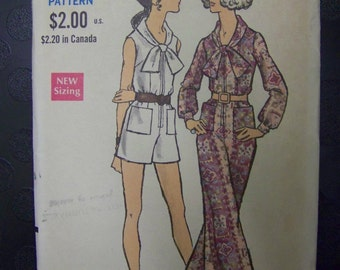 MOD 1960s Vogue 7582 PANTDRESS Pattern sz 10 bust 32 1/2 COMPLETE