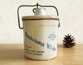 1930s Cheese Crock Kaukauna Klub with Wire Bail Rubber Seal / Rustic Country Farmhouse Kitchen Decor Stoneware Pottery / Wisconsin Cheese