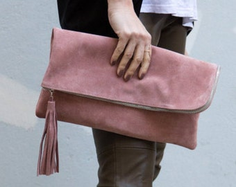 Large leather clutch with tassel in pink
