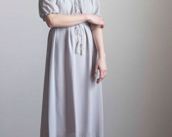 Soft Dove Gray Peasant Dress with Tassels 1970s Vintage // Size Small Medium