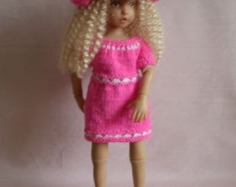 "Hand knitted 13.5"" Alice doll outfit"