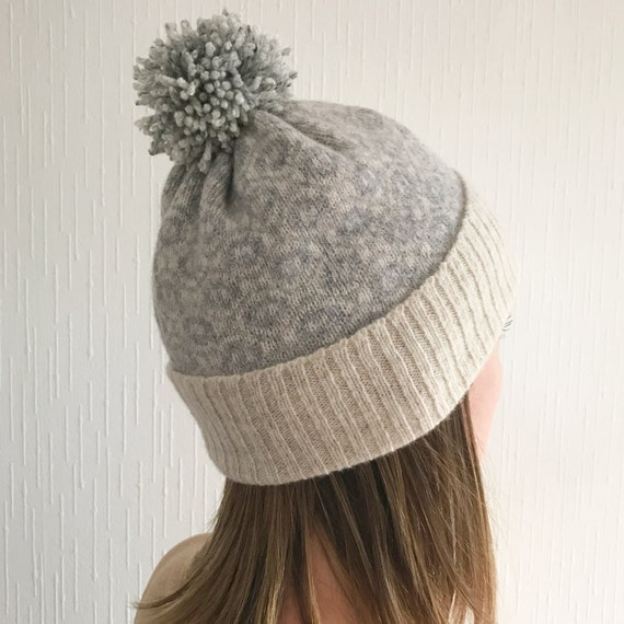 Knitting Pattern For Womens Bobble Hat : Ladies lambswool knitted bobble hat ladies knitted hat