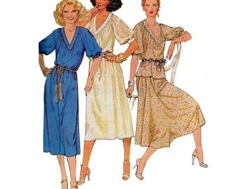 Women's Pullover Dress or Top and Skirt Sewing Pattern Misses' Size Petite 6-8 Bust 30, 31 Vintage 1970's Uncut McCall's 6446