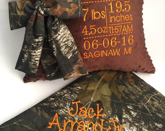 Custom Personalized Camo Baby Blanket, Mossy Oak Baby Blanket with name, Mossy Oak Baby Blanket and Birth Announcement Decorative Pillow 2pc
